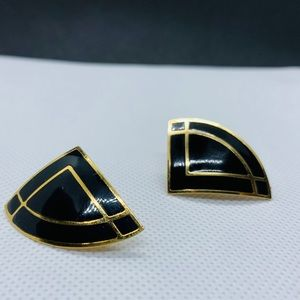 Vintage Avon black and gold clip on earrings